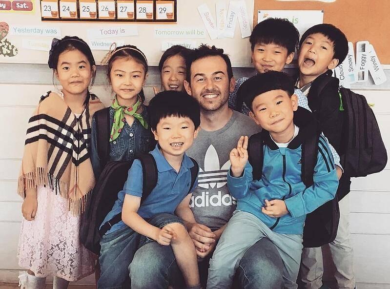 Ganar dinero enseñando ingles en Corea. TELF